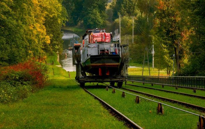 Statkiem Po Trawie - Kanał Elbląski