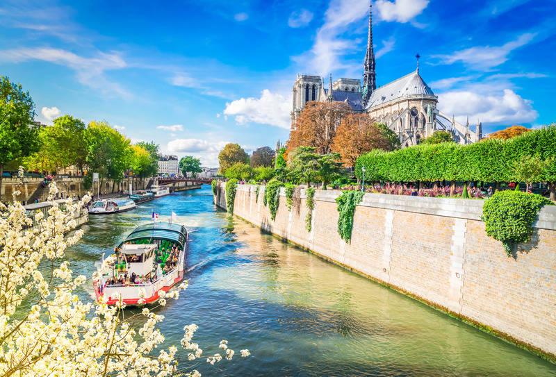 Wycieczka Paryż i Zamki nad Loarą