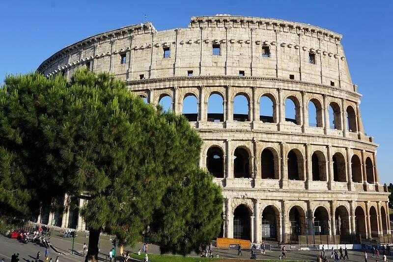 Rzym - miasto legend i zabytków.